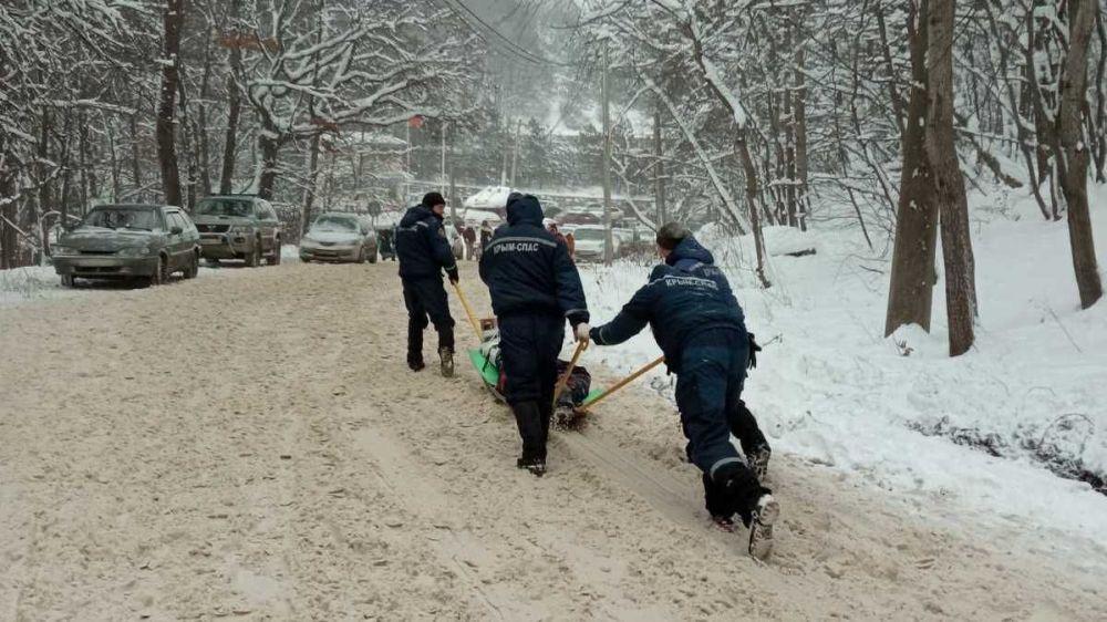 В горах Крыма получили травмы четыре ребёнка, один потерялся