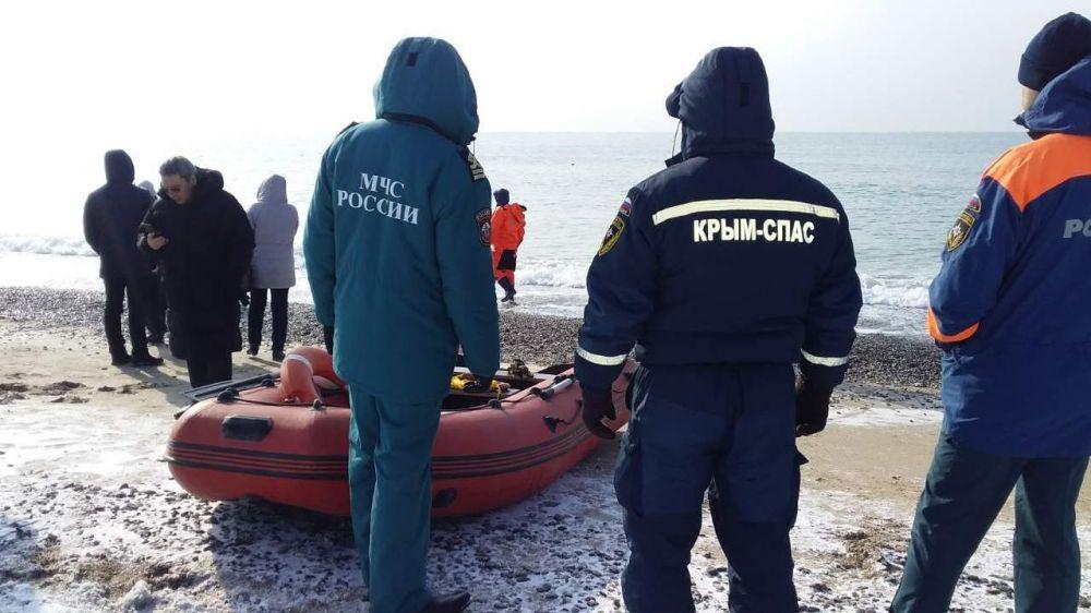 МЧС Республики Крым: Для обеспечения безопасности Крещенских омовений от РСЧС задействовано около 450 человек