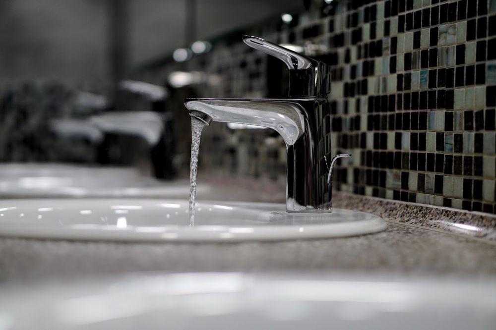 Специалисты заявили, что вода в Симферополе пригодна к использованию