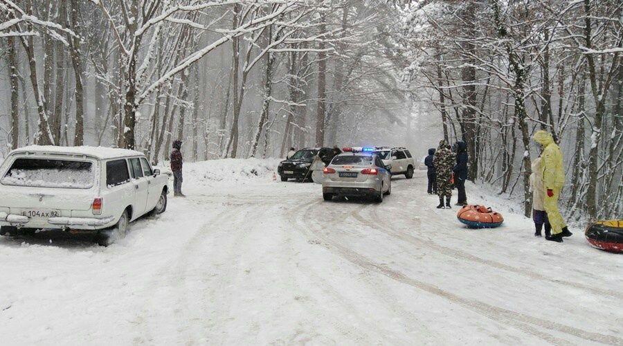 Прокуратура выявила нарушения при ликвидации последствий снегопада в Крыму