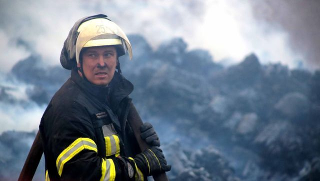 За ночь в Крыму произошло три пожара: спасены четверо