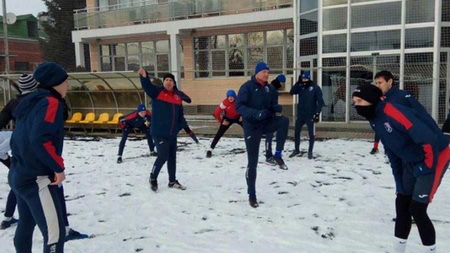 """Симферопольская """"ТСК-Таврия"""" приступила к тренировкам в Новопавловке"""