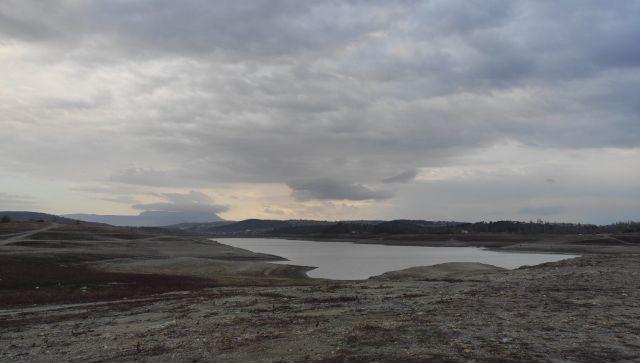 Химик рассказал о загрязненности воды в Симферопольском море