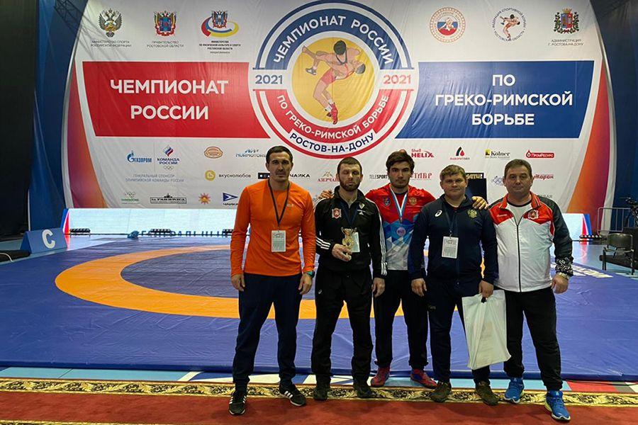 Крымчане выиграли ещё две бронзовые медали чемпионата России по греко-римской борьбе