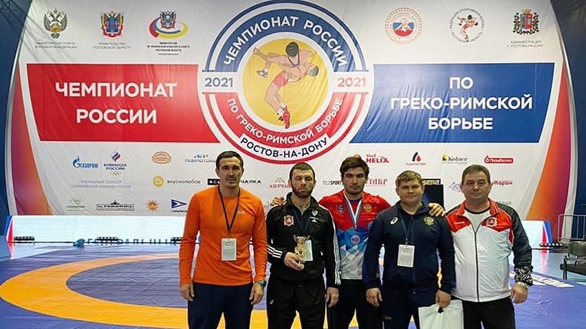 Крымские спортсмены завоевали четыре медали на чемпионате России по греко-римской борьбе