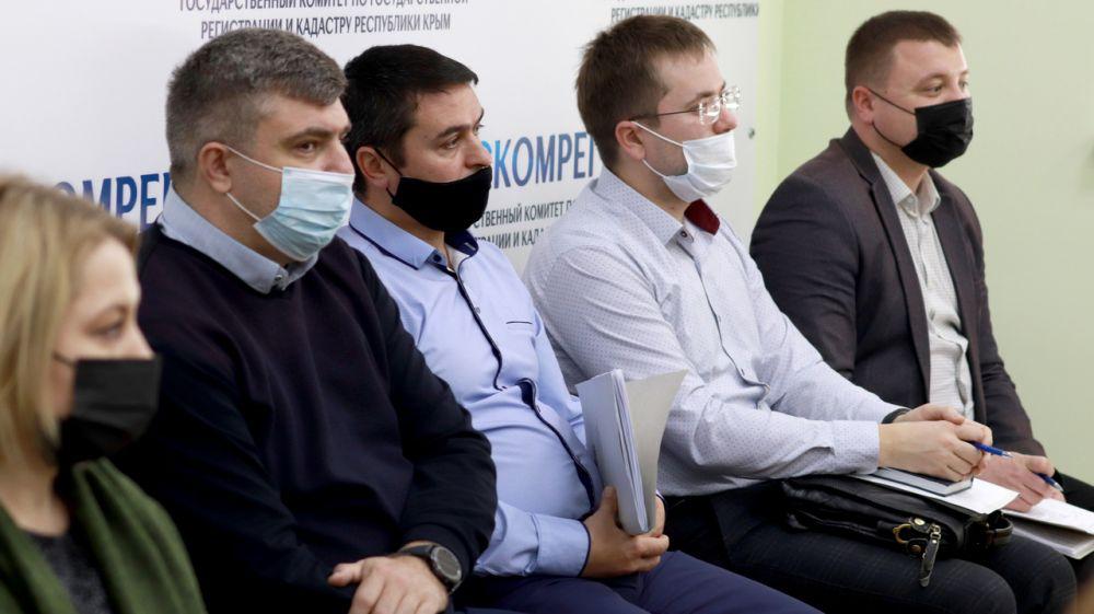 В территориальных подразделениях Госкомрегистра вводится строгий плановый порядок проведения проверок по госземнадзору – Александр Спиридонов