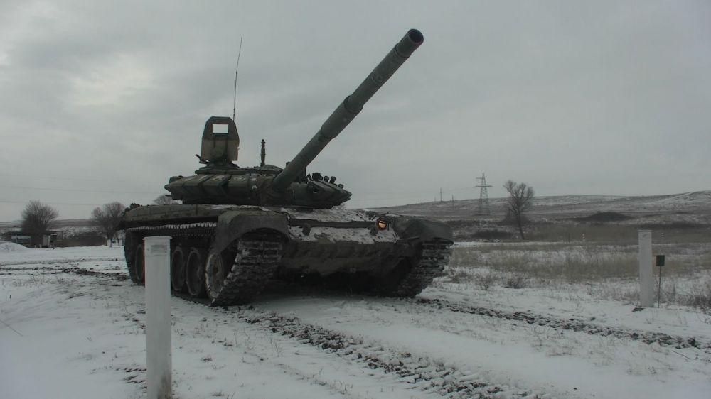 В Крыму прошли стрельбы танкистов армейского корпуса Черноморского флота