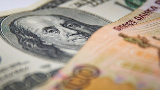Россияне в конце 2020 года купили валюты почти на 5 млрд долларов – ЦБ