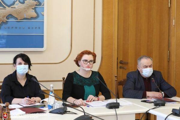 Ефим Фикс: Крымские сёла и города становятся комфортными для жизни