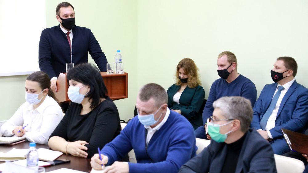 В этом году желание стать регистраторами прав изъявили 70 сотрудников Госкомрегистра – Александр Спиридонов