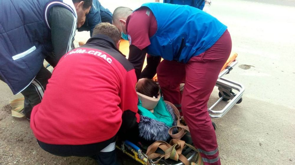 Вопреки многочисленным предупреждениям спасателей туристы продолжают пренебрегать правилами безопасности при зимних катаниях