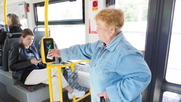 Возобновление предоставления льготного проезда в общественном транспорте в Республике Крым медицинским работникам и социальным работникам государственных учреждений