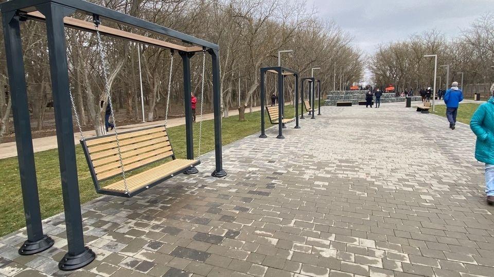 В Евпатории открыли после ремонта Мойнакский парк