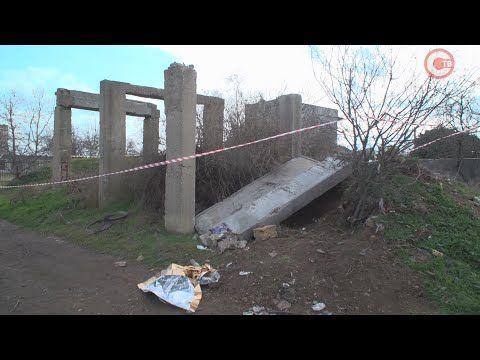 В Орловке на школьников обрушилась бетонная плита (СЮЖЕТ)