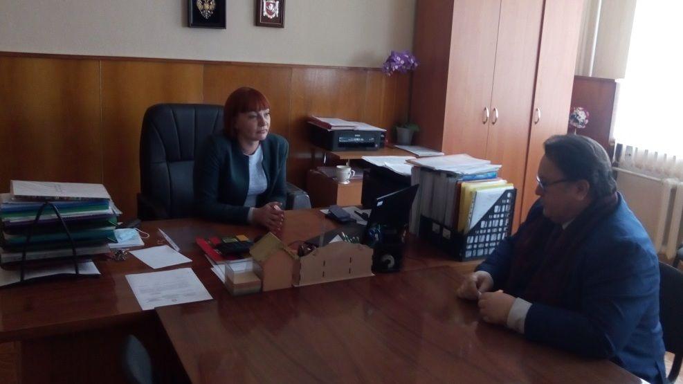 Олег Лобов с рабочим визитом посетил Добровскую школу-гимназию имени Я.М. Слонимского