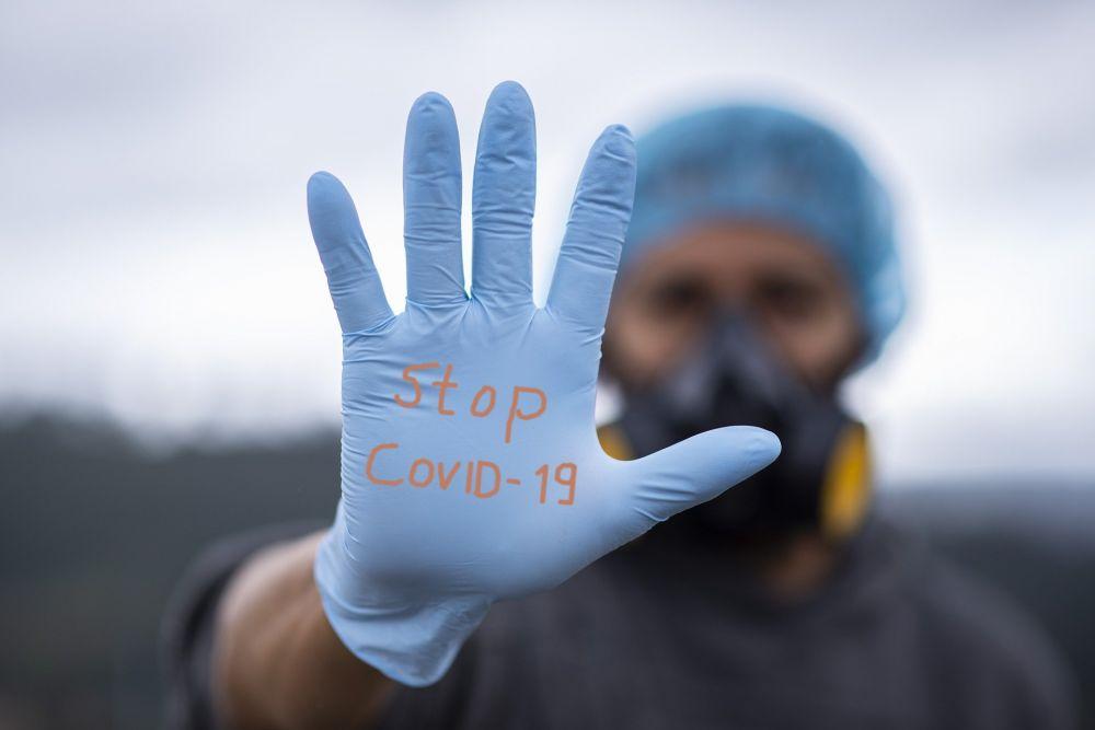 Роспотребнадзор: В Крыму снизилась статистика по заболеваемости COVID-19 из-за разобщения коллективов в новогодние праздники