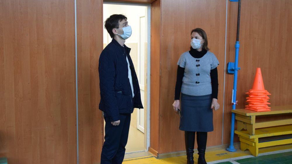 В Карповской имени В.И. Пономаренко школе завершен ремонт санузла