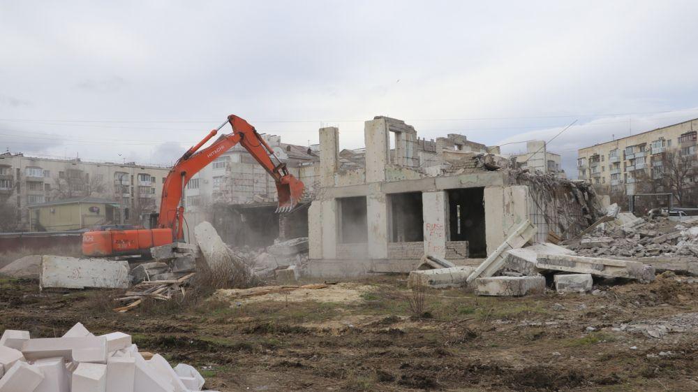 В Феодосии началась реконструкция детского сада на ул. Гарнаева