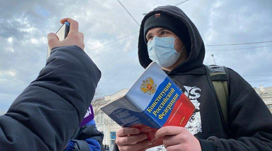 Иностранные и российские соцсети удаляют новые призывы к участию в незаконных акциях