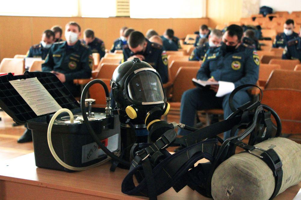 Крымские пожарные совершенствуют профессиональные навыки