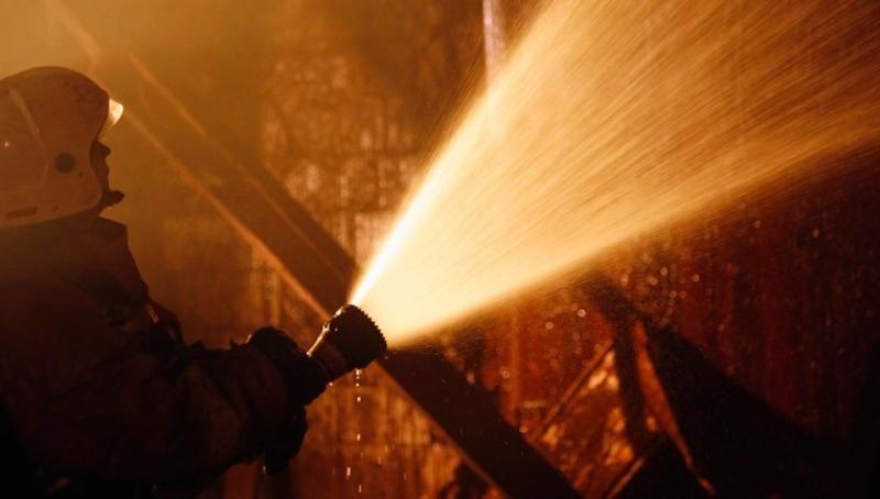 На пожаре в Гагаринском районе пострадали два человека