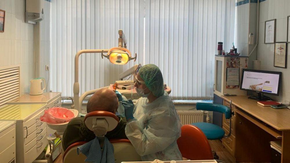 Минздрав РК: В условиях распространения COVID-19 Крымский республиканский стоматологический центр оказывает все виды профильной помощи