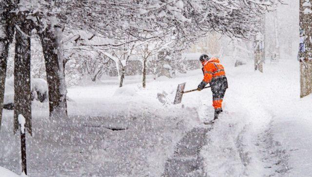 """Снежный """"Армагедон"""" в Крыму: как коммунальщики борются со стихией"""