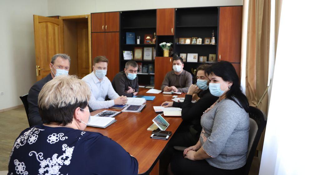 Людмила Пучкова провела совещание по вопросу реализации инвестиционных проектов на территории Бахчисарайского района