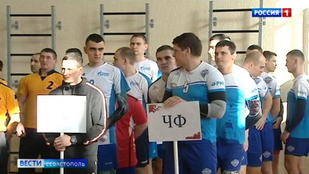 В Севастополе начались игры чемпионата Южного военного округа по волейболу