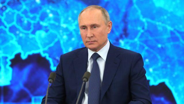 """""""Прихлопнули"""": Путин оценил закрытие трех каналов на Украине"""