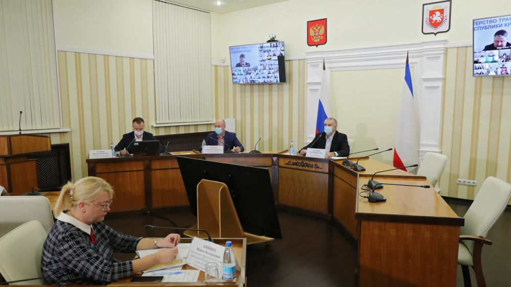 Сергей Аксёнов поручил внести в систему электронного документооборота «Диалог» все муниципальные объекты