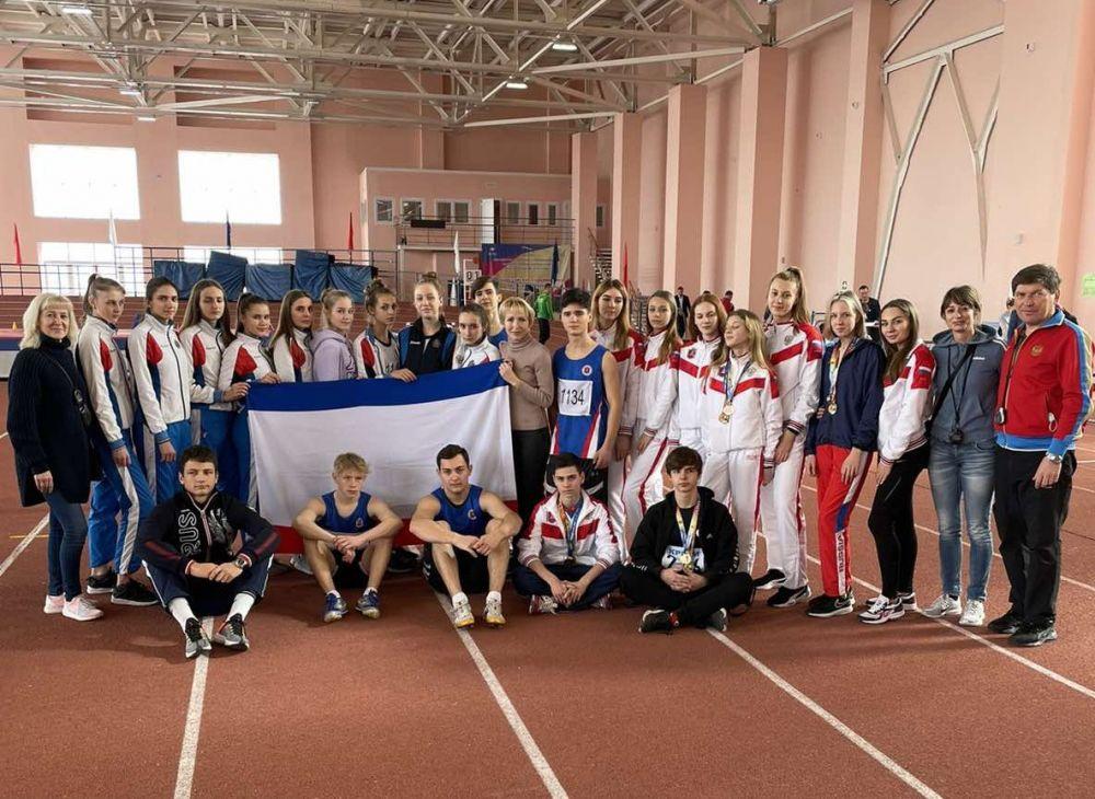 Крымские легкоатлеты выиграли 10 наград в Краснодаре