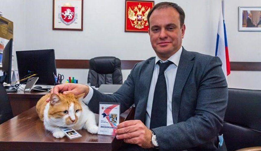 Кот Мостик стал экскурсоводом