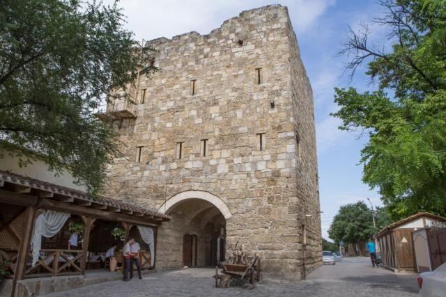 Туристы стали чаще приезжать в Евпаторию в 2021 году
