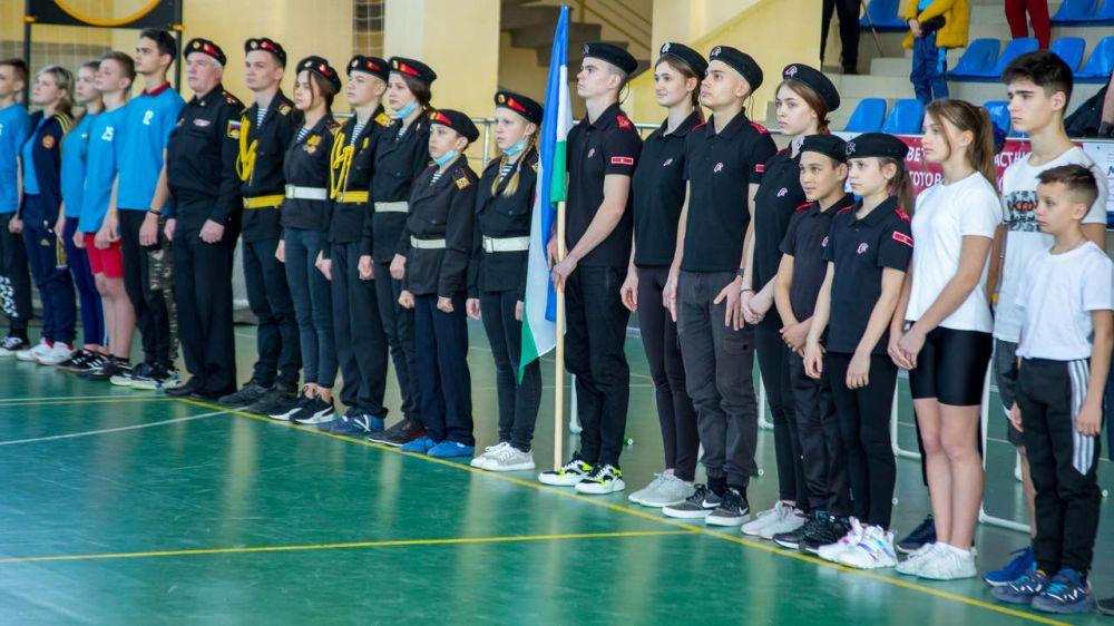 В Симферополе состоялась военно-спортивная эстафета, посвященная Дню защитника Отечества