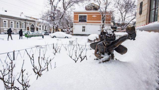 Снова холода и снег: какую погоду ждать крымчанам в среду