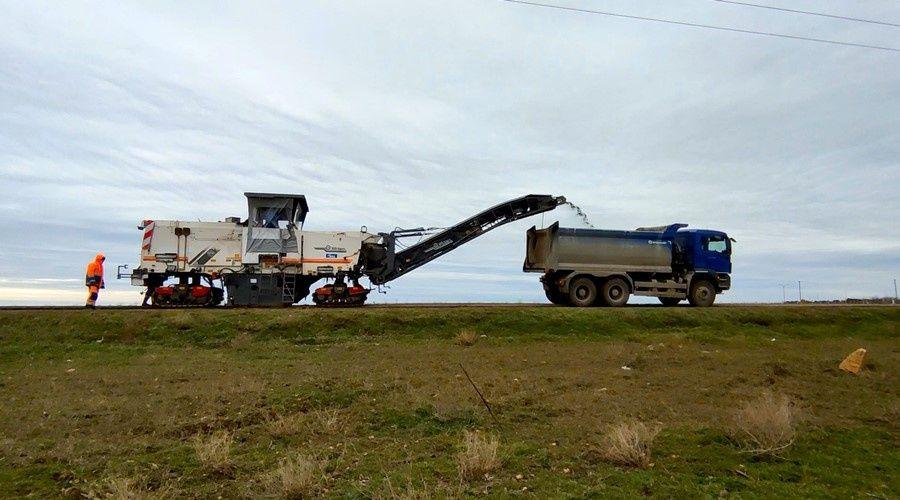 «ВАД» приступил к ремонту дороги Евпатория – Черноморское