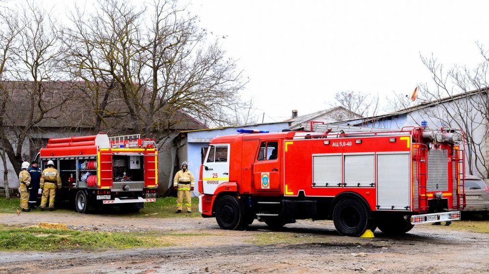 На территории поселковой школы прошли пожарно-тактические учения