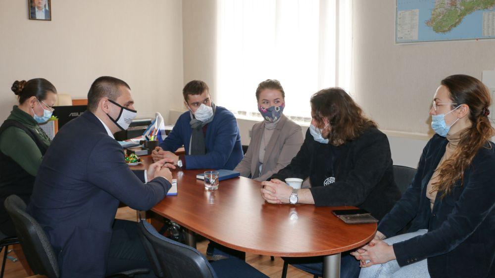 Кирилл Нагорняк провел встречу с представителями Центра подводных исследований Русского географического общества