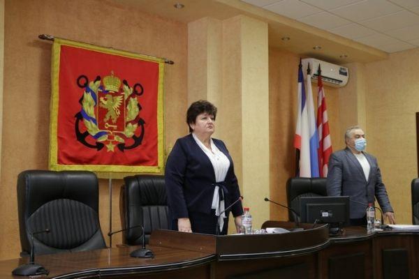 Ефим Фикс поблагодарил депутатов Керченского горсовета за плодотворную работу