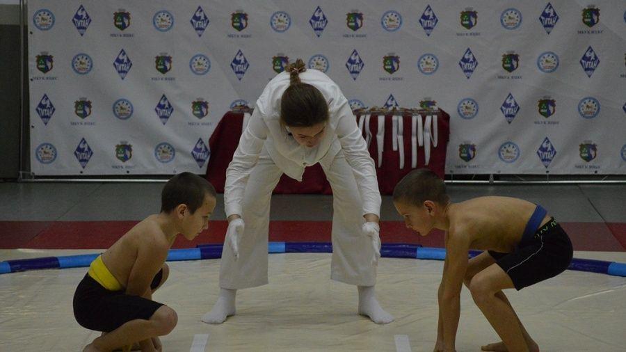 В Гаспре прошли масштабные соревнования по сумо – были даже гости из Краснодарского края