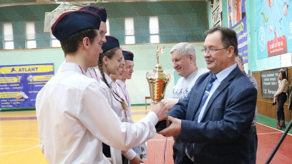 В Красногвардейском районе определили победителей военно-патриотической игры на Кубок В. Ларионова