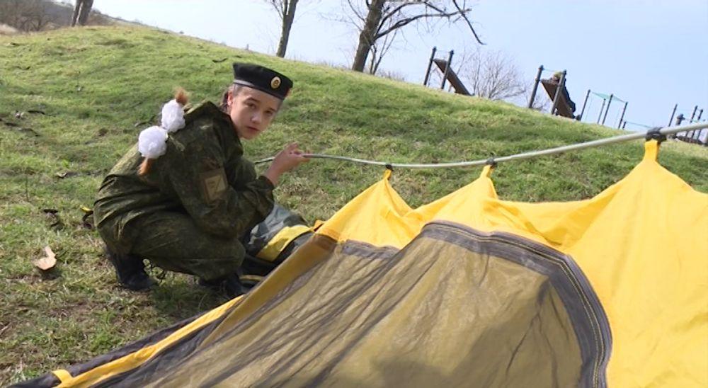 Севастопольские юнармейцы соревнуются в военной подготовке