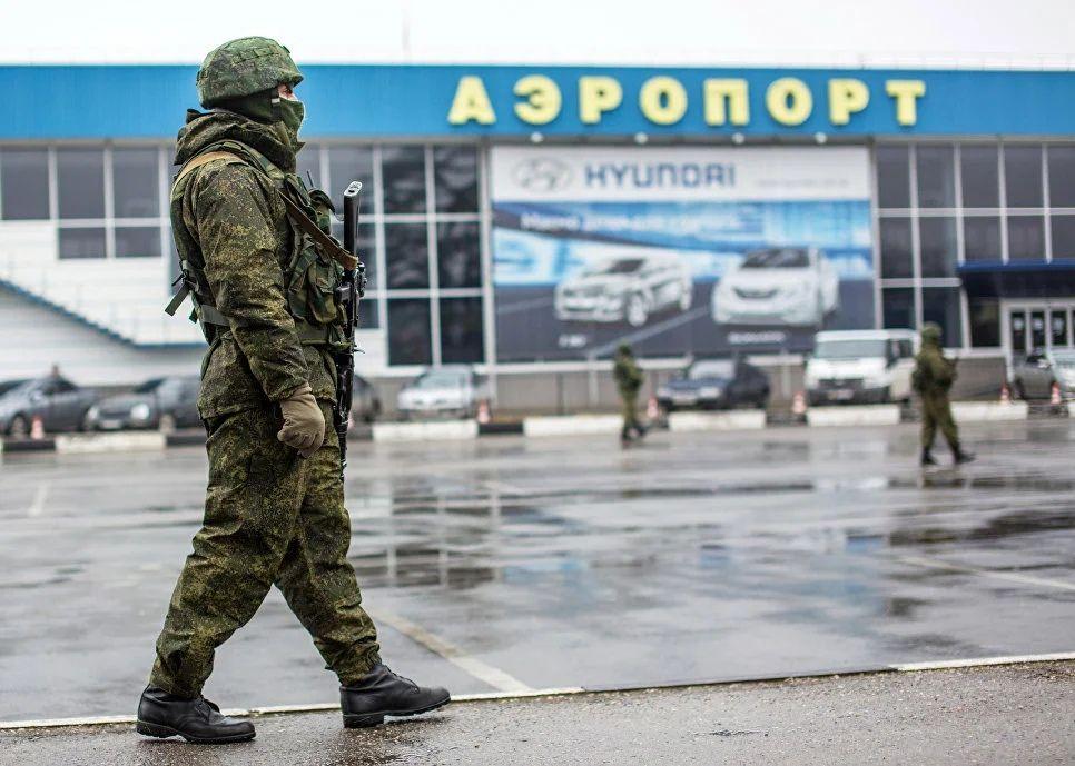 Хроника Крымской весны. 28 февраля: позорный побег Порошенко и появление «вежливых людей»