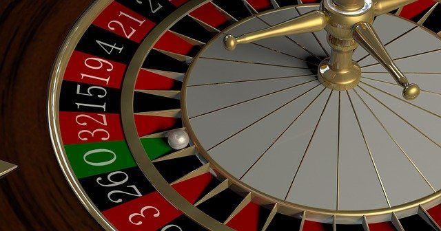 Симферопольцу грозит 5 лет тюрьмы за трату пожертвований на азартные игры