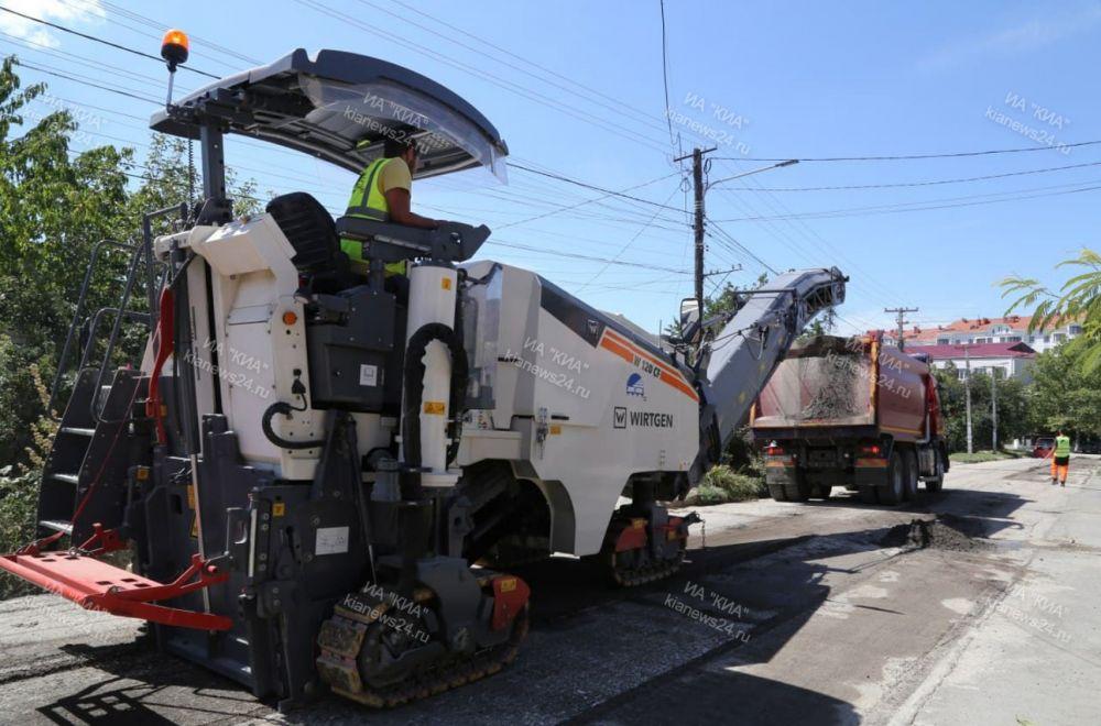 Крым получит еще 10,5 млрд рублей на ремонт дорог
