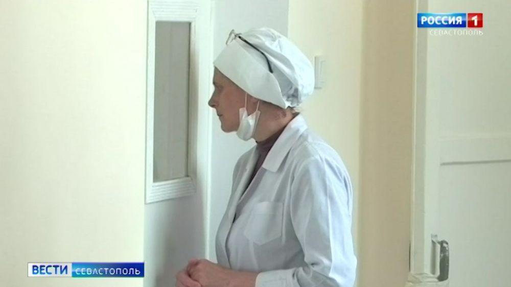 В Крыму сняли большую часть действующих коронавирусных ограничений