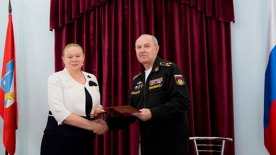В Севастополе ДКР и ДОФ подписали соглашение о сотрудничестве