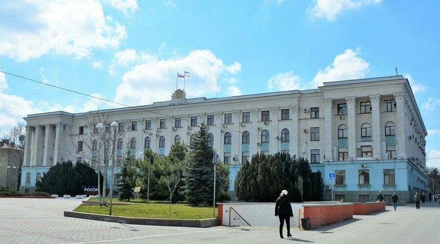 Власти Крыма сняли значительную часть коронавирусных ограничений