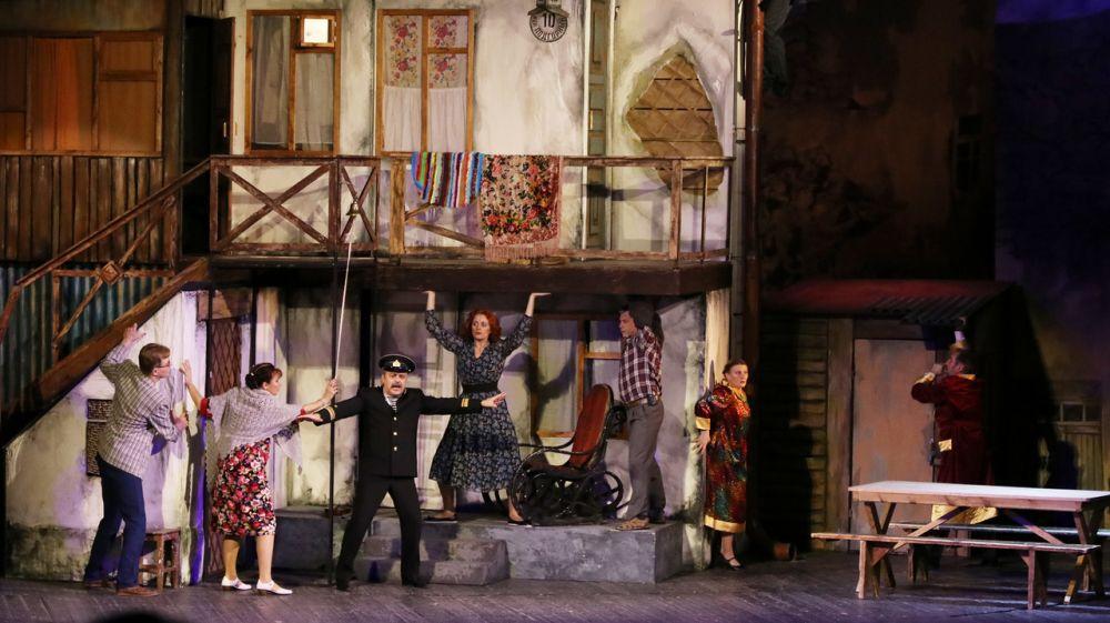 В музыкальном театре Республики Крым состоялась премьера музыкальной комедии «В городе С»